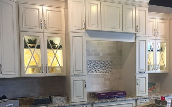 Meet With Our Cabinet Designers To Recreate Your Kitchen Bathroom Or Other Storage E We Are One Of The Only Dealers In Area Offer Kraftmaid