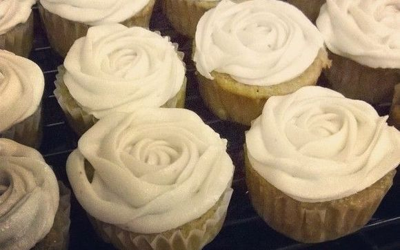 1487098639 Orange Banana Cupcakes