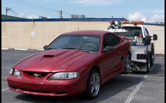 1445628595 Tow Truck 95 Ford Mustang 001b