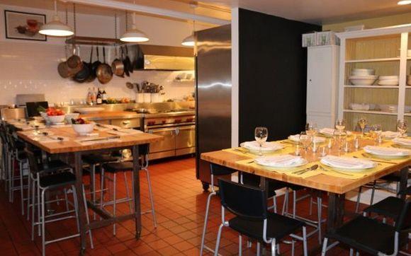 Groovy Kitchen For Rent In Hells Kitchen By Kitchen Nyc Interior Design Ideas Lukepblogthenellocom