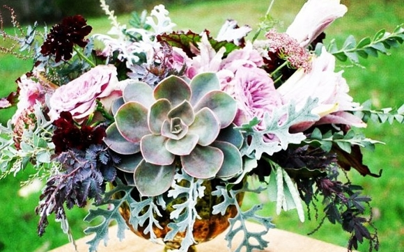 1547355486 floral