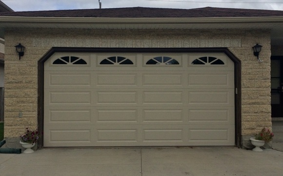 Garage Doors Winnipeg >> Garage Doors Automatic Openers By Garage Door Kings In